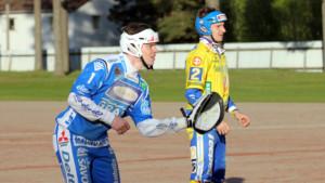 Kimmo Carlson ja Jere Saukko toukokuisessa Kitron ottelussa. Kuva: K-Media/Jukka Ketonen.