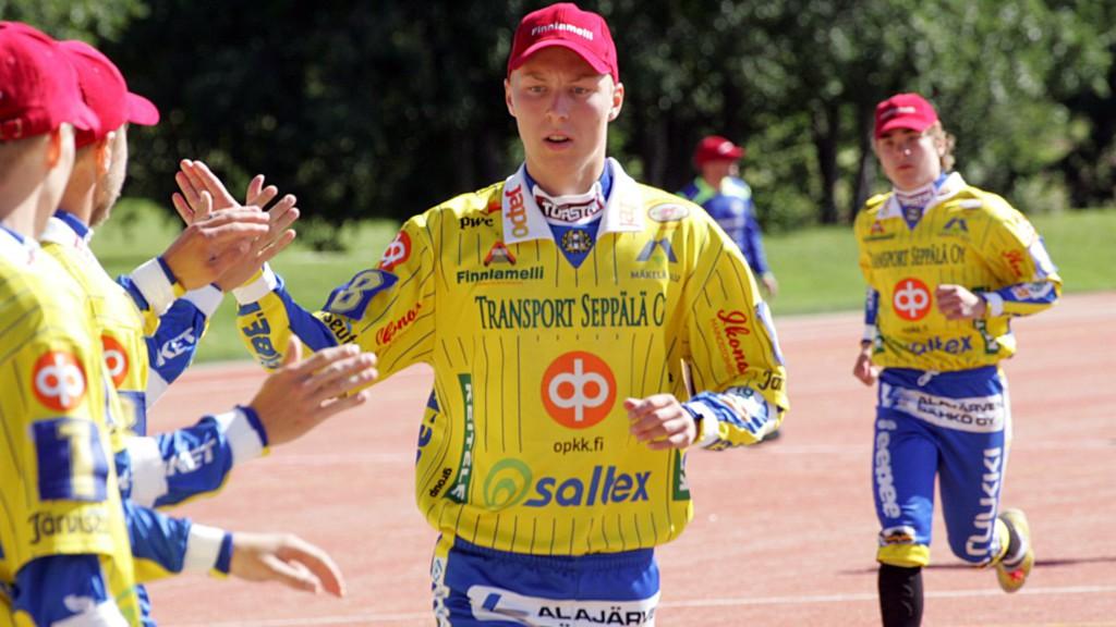 Nestori Yli-Sissala liimaa palloja kolmospuolella tulevanakin suvena. Kuva: K-Media/Jukka Ketonen.